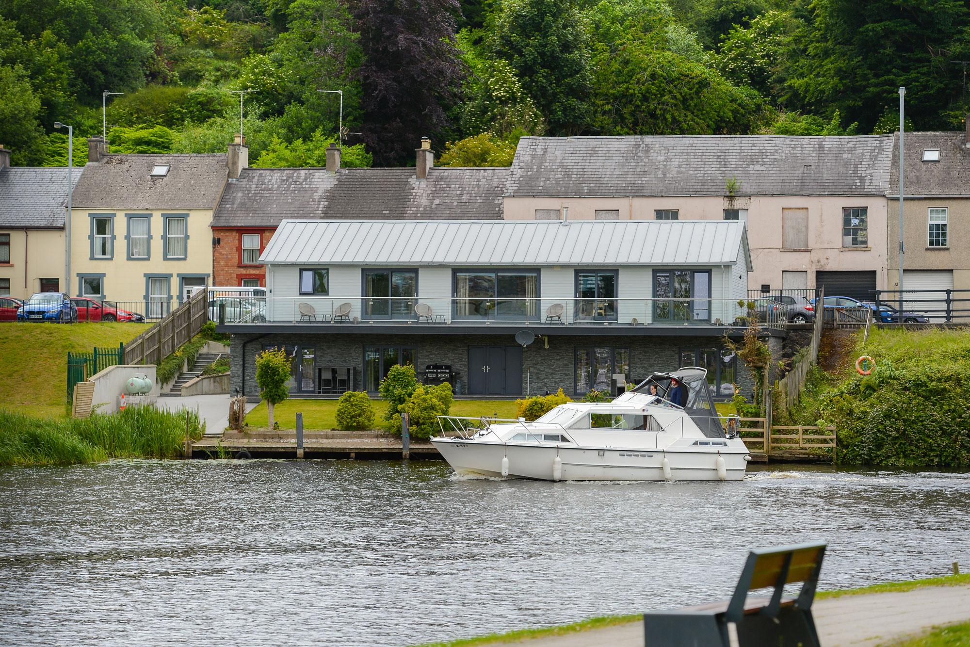 river-cottage-enniskillen-holiday-rental-01