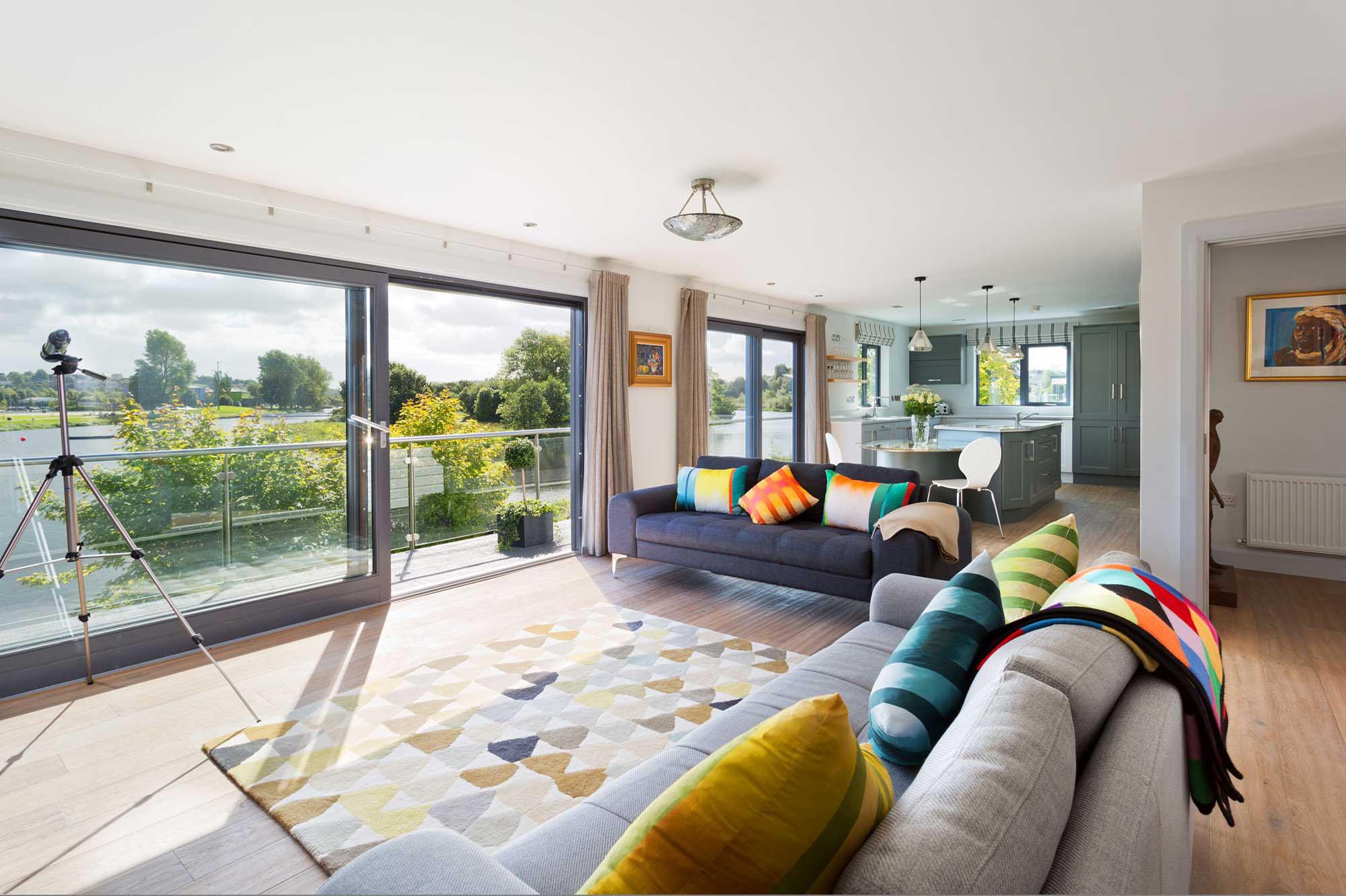 River Cottage, Enniskillen Town, Waterside Holiday Rental